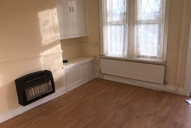 Thumbnail Terraced house to rent in Newhall Street, Burnley