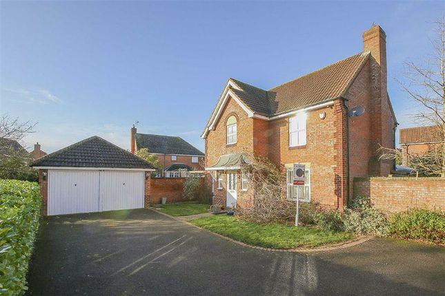 Thumbnail Detached house to rent in Langerstone Lane, Tattehhoe, Milton Keynes