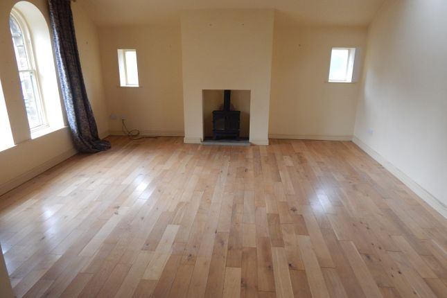 Thumbnail End terrace house to rent in Upper Batley Low Lane, Baltey