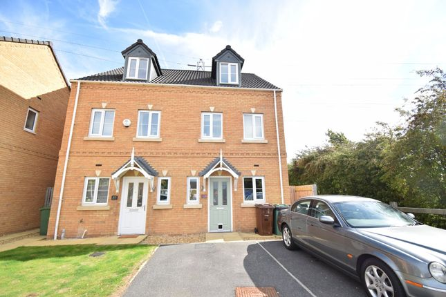 Thumbnail Semi-detached house to rent in Park Drive, Lofthouse