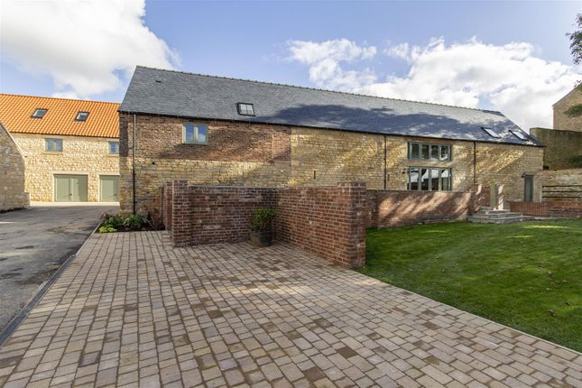 5 bed barn conversion for sale in Highfield Farm, Palterton, Chesterfield S44