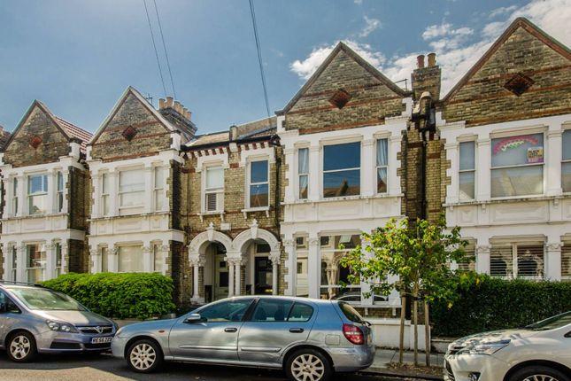 Thumbnail Flat for sale in Kingscourt Road, Streatham Hill, London