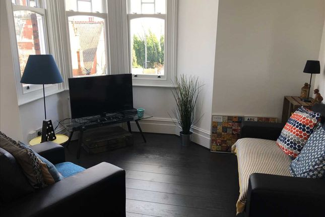 Thumbnail Flat to rent in Dukes Mews, Muswell Hill