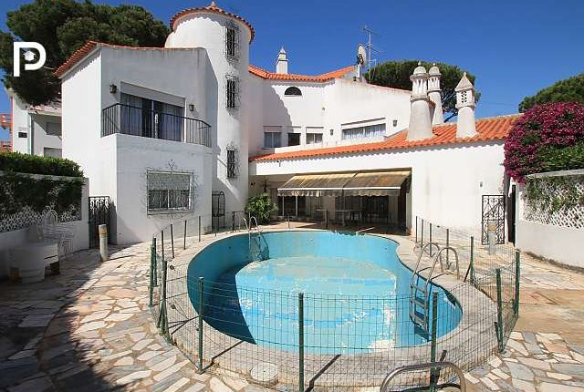 5 bed villa for sale in Vilamoura, Algarve, Portugal