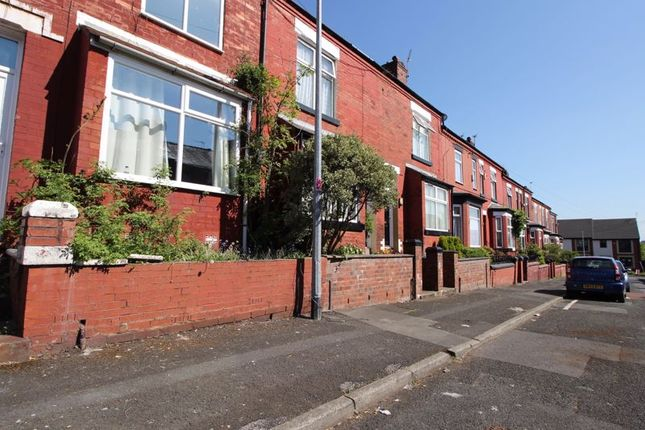 Terraced house to rent in Hill Street, Salford
