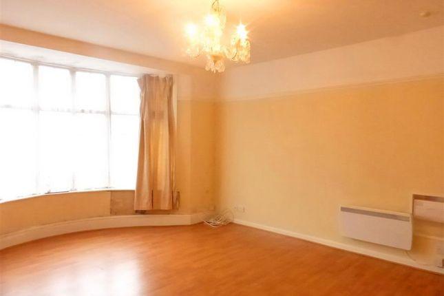 Living Room of Colin Road, Paignton TQ3