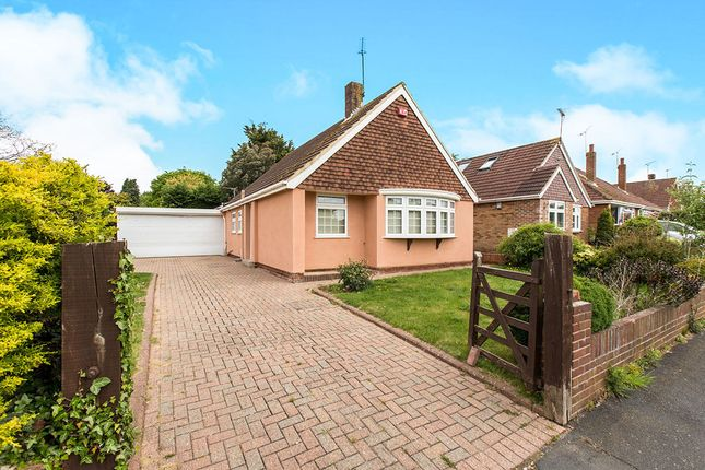 Thumbnail Bungalow for sale in Morelands Road, Purbrook, Waterlooville