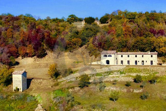 Thumbnail Country house for sale in Via S. Crescenziano, Città di Castello, Perugia, Umbria, Italy