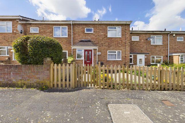 3 bed terraced house for sale in Pershore Road, Basingstoke RG24