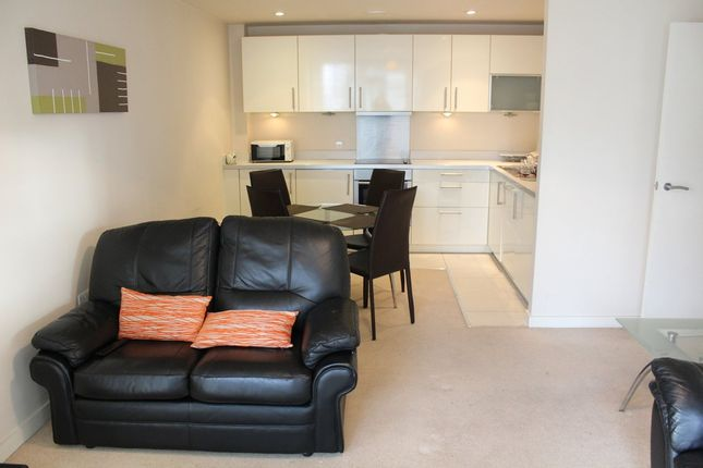 Thumbnail Flat to rent in Spectrum, Block 5, Blackfriars Street, Manchester