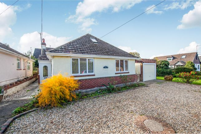 Thumbnail Bungalow to rent in High Street, Wanborough, Swindon