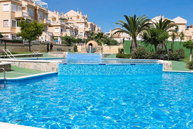 2 bed bungalow for sale in Pueblo Marino, Torrevieja, Alicante, Valencia, Spain
