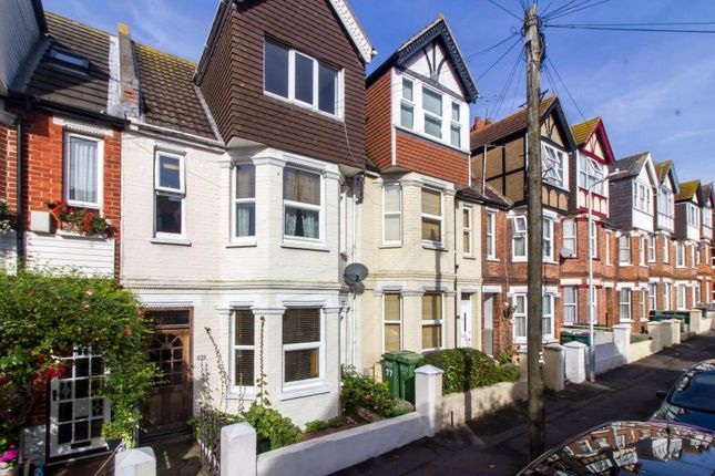 Thumbnail Terraced house for sale in Linden Crescent, Folkestone