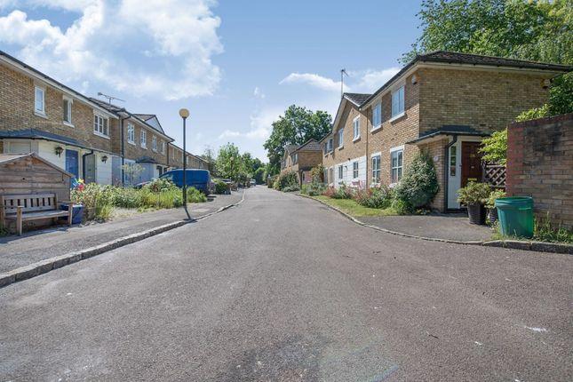 Location of Royal Close, Stoke Newington N16