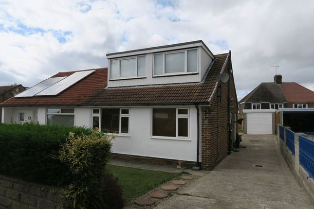 Thumbnail Bungalow to rent in Redhill Avenue, Tingley, Wakefield