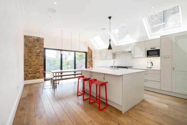 Thumbnail Terraced house to rent in Bathurst Gardens, London