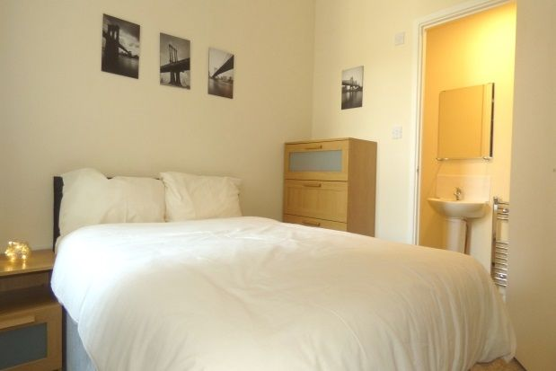 Room to rent in Room Share, Chichester Road, Portsmouth