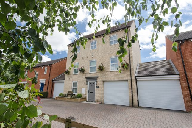 Thumbnail Detached house for sale in Walson Way, Stansted, Essex