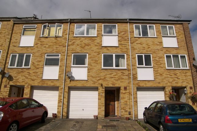 Thumbnail Terraced house to rent in Ford End, Woodford Green