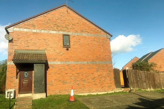 Thumbnail Terraced house to rent in Solari Close, Ocker Hill, Tipton