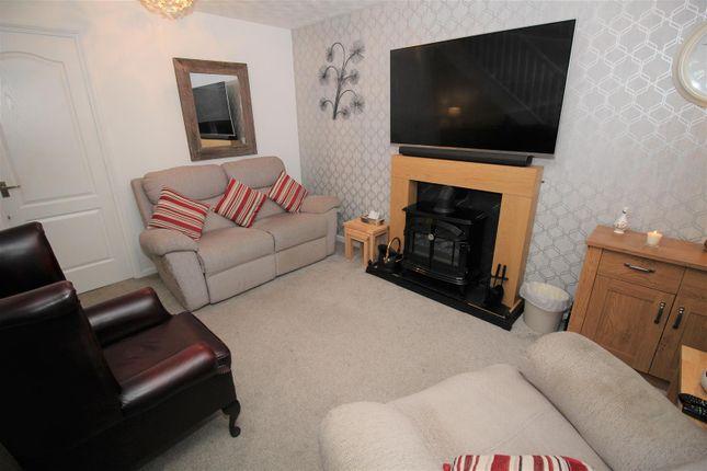 Living Room1 of Beeston Close, Bestwood Village, Nottingham NG6
