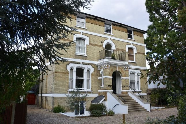 Thumbnail Flat for sale in Palace Road, East Molesey