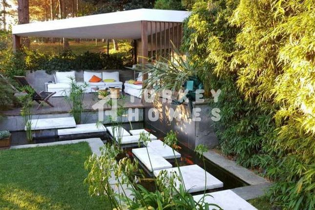 Thumbnail Villa for sale in Istanbul, Marmara, Turkey