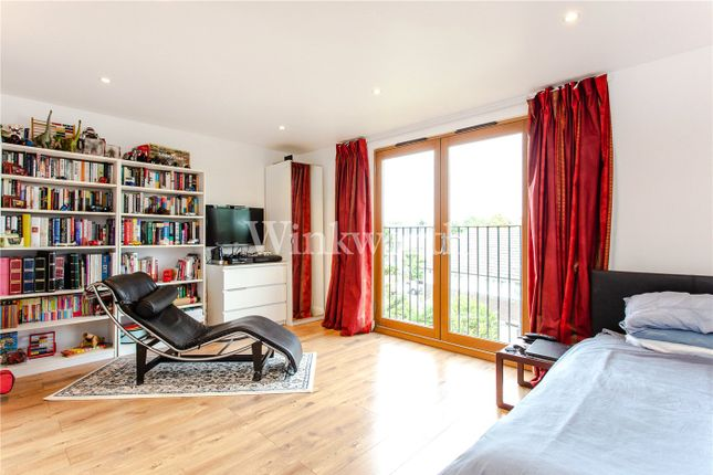 Picture No. 08 of Ridge Road, London NW2