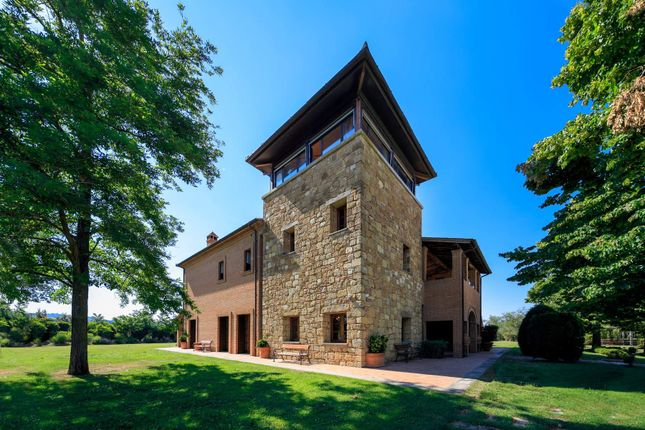6 bed town house for sale in Montepulciano, Montepulciano, Italy