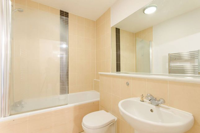 Thumbnail Flat to rent in Station Approach, South Ruislip