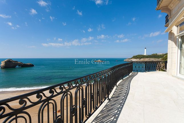 Thumbnail Apartment for sale in 15 Rue Du Prince Impérial, 64200 Biarritz, France