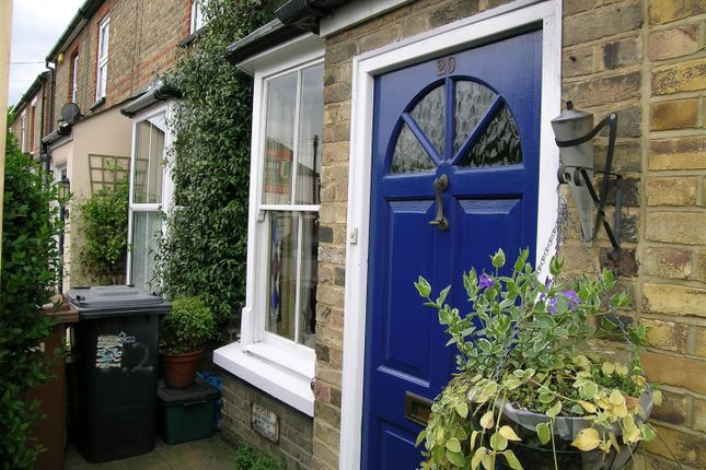Thumbnail Terraced house to rent in Cross Street, Ware
