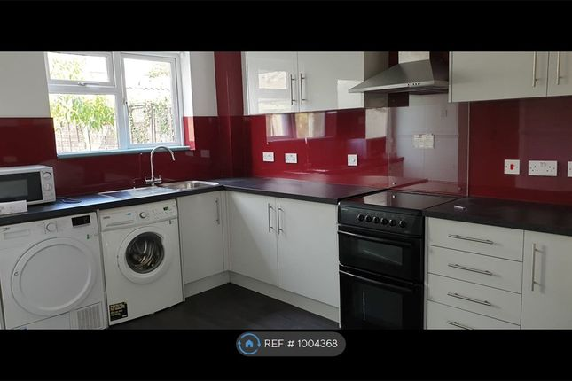 Thumbnail Terraced house to rent in Macbeth Close, Colchester