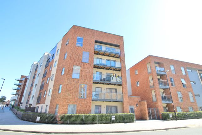 Flat for sale in Duchess House, John Thornycroft Road, Southampton