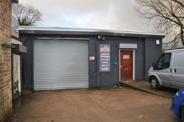 Light industrial to let in Whitehall Street, Darwen