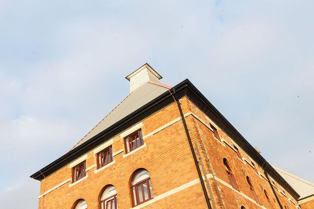 Thumbnail Office to let in Space2B@The Maltings, East Tyndall Street, Cardiff