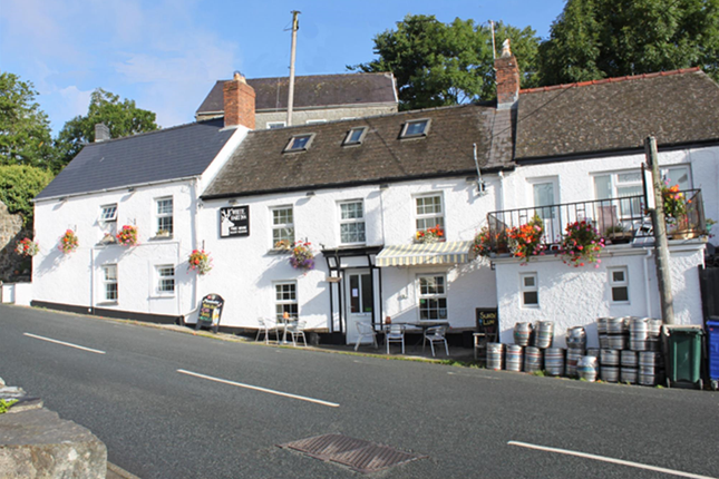 Thumbnail Pub/bar for sale in Pembrokeshire - 17th Century Village Inn SA43, St Dogmaels, Pembrokeshire