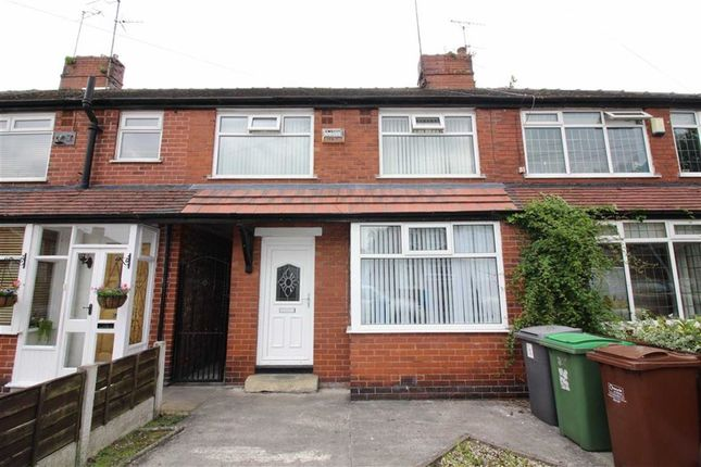 Thumbnail Town house to rent in Stirling Road, Oldham