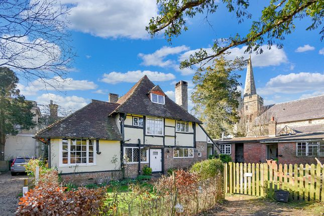 Thumbnail Semi-detached house for sale in Hayes Plat, Northiam, Rye, East Sussex