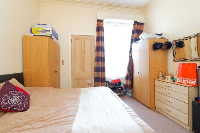 Picture No. 02 of Herriet Street, Glasgow, Lanarkshire G41