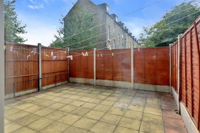 Thumbnail Terraced house to rent in Churchward House, Kennington, London