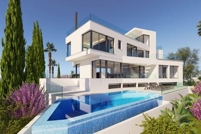Villa for sale in La Quinta, Costa Del Sol, Spain