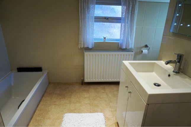 Bathroom of Fluin Lane, Frodsham WA6