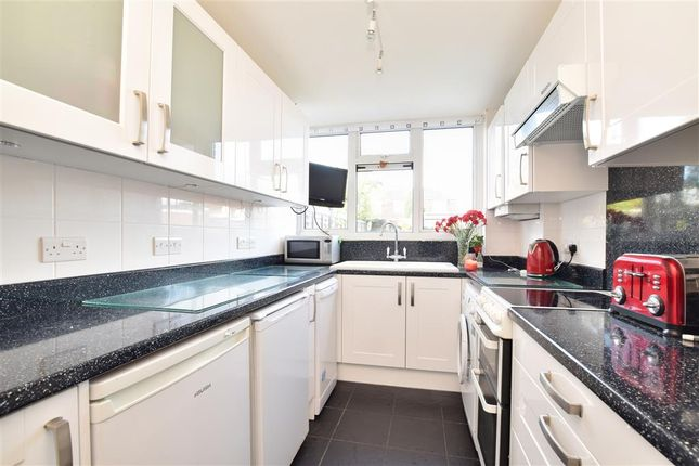 2 bed flat for sale in St. Johns Road, Westcott, Dorking, Surrey