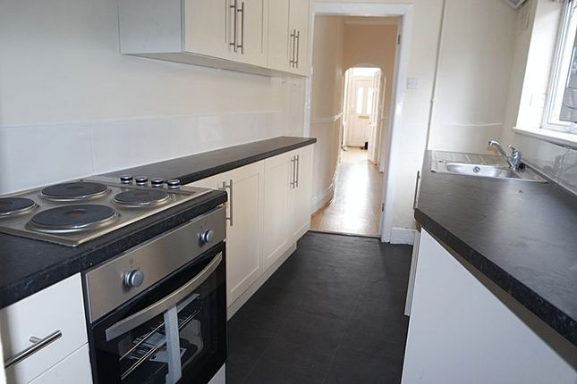 Thumbnail Terraced house to rent in Goldenhill Road, Fenton, Stoke-On-Trent