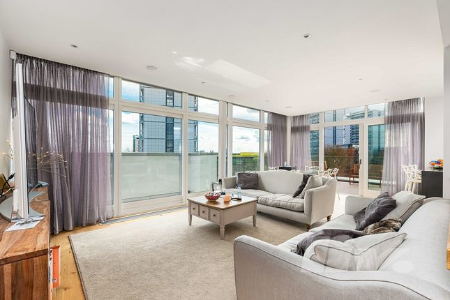 Penthouse to rent in Amberley Waterfront, Amberley Road, Warwick Avenue