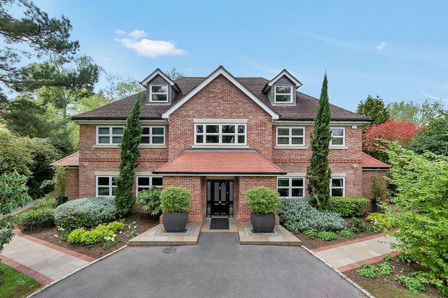 Thumbnail Property for sale in Winkfield Road, Ascot