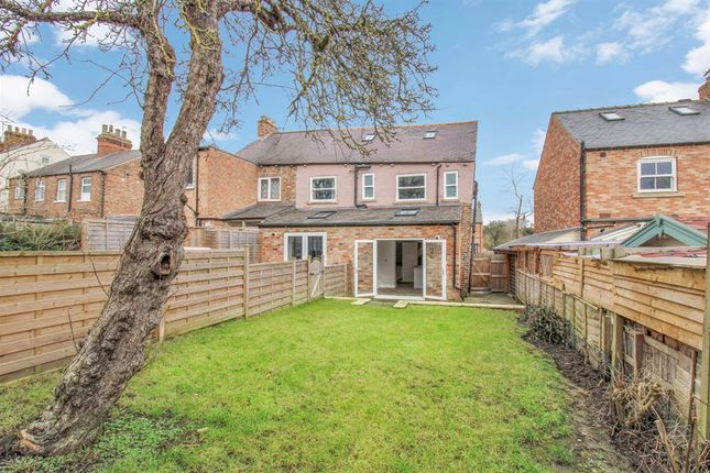3 bed terraced house for sale in Princess Road, Ripon HG4