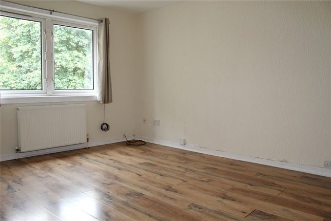 Thumbnail 2 bed flat to rent in Bruce Gardens, Dalkeith, Midlothian