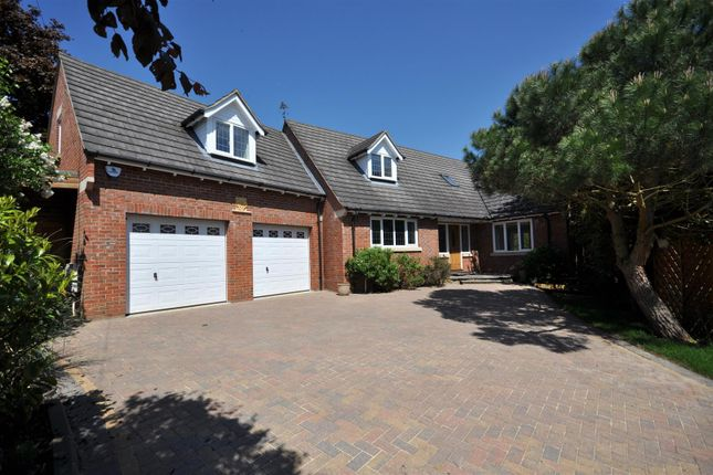 Thumbnail Detached house for sale in New Street, Earls Barton, Northampton